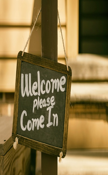 Welcome Please Come In Sign